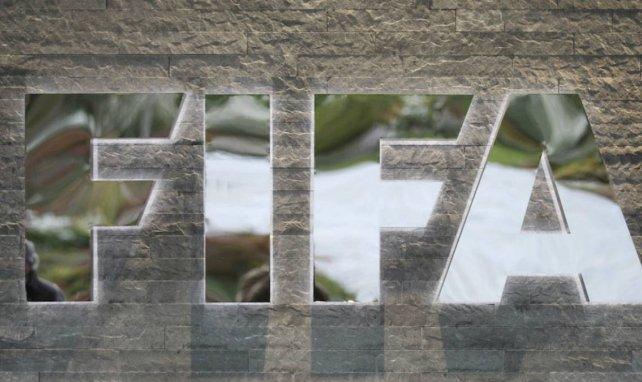 Mercado de fichajes: La FIFA decide las fechas