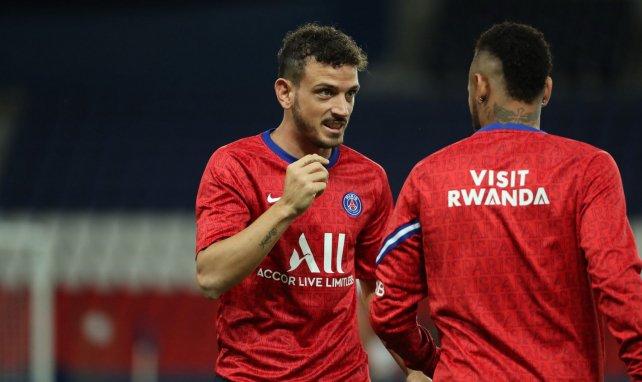Florenzi con Neymar en un calentamiento