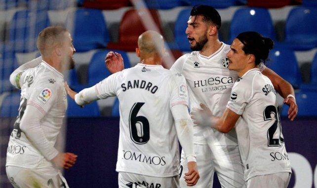 La pieza que puede sacrificar el Valencia por Rafa Mir