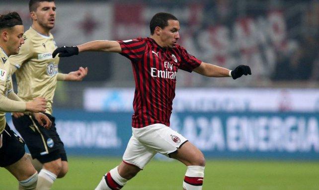 PSG y AC Milan siguen negociando por Ismael Bennacer