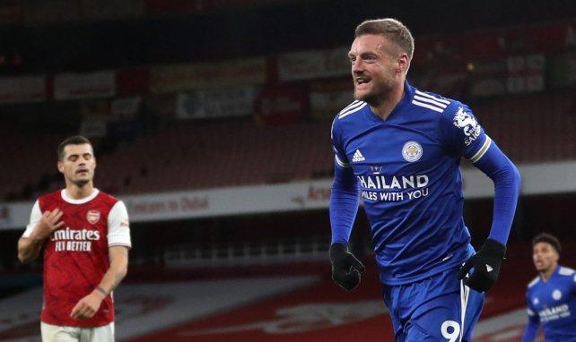 Jamie Vardy festeja una diana con el Leicester City