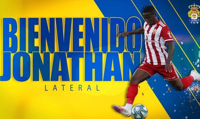 UD Palmas se hace con Jonathan Silva