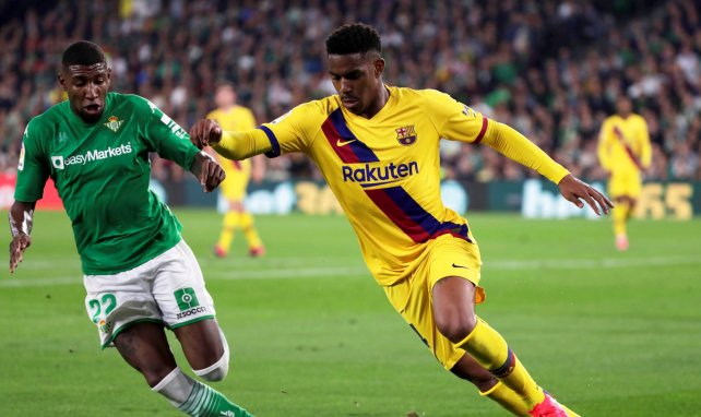 FC Barcelona | Una vía de escape para Junior Firpo