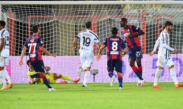 El Crotone celebra su gol