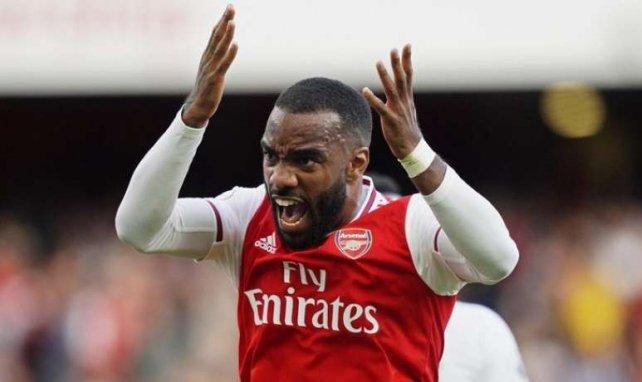 El Arsenal contempla la venta de Alexandre Lacazette