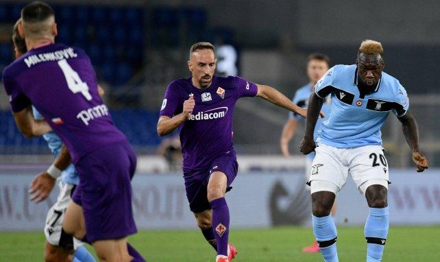 La Lazio supera a la Fiorentina y no renuncia al título
