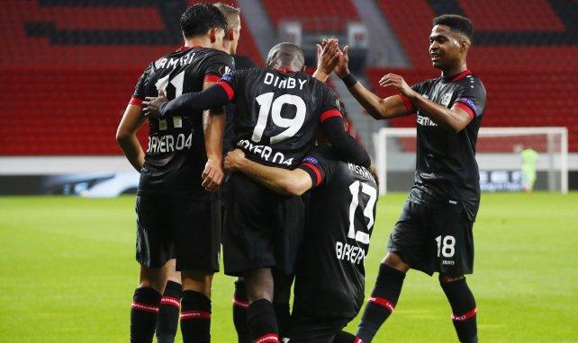 El Bayer Leverkusen apuntala su retaguardia