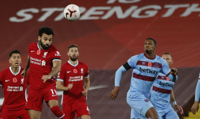 El Liverpool aún no ha movido ficha por Perr Schuurs