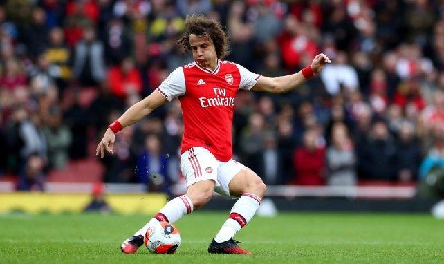 La condición para que David Luiz renueve con el Arsenal
