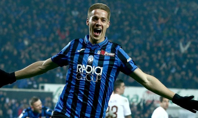Mario Pasalic celebra un gol con la casaca del Atalanta