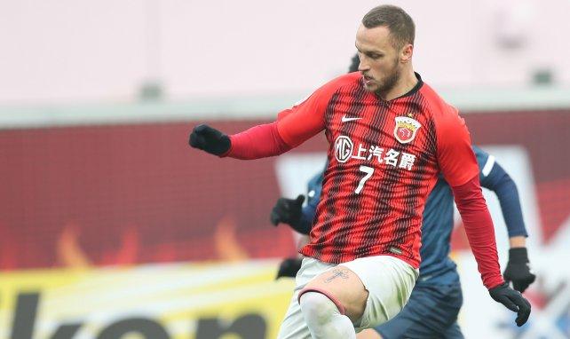 Marco Arnautovic jugando en China