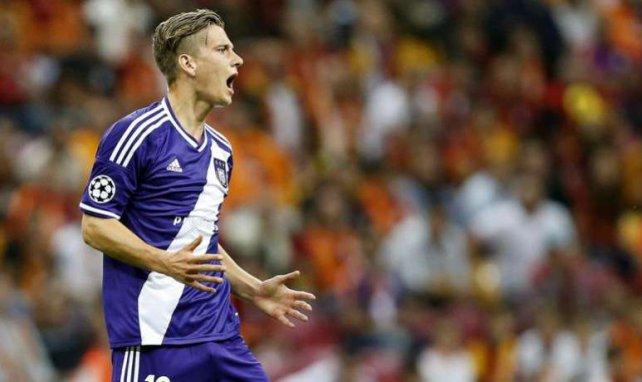 Dennis Praet es uno de los nuevos talentos del fútbol belga