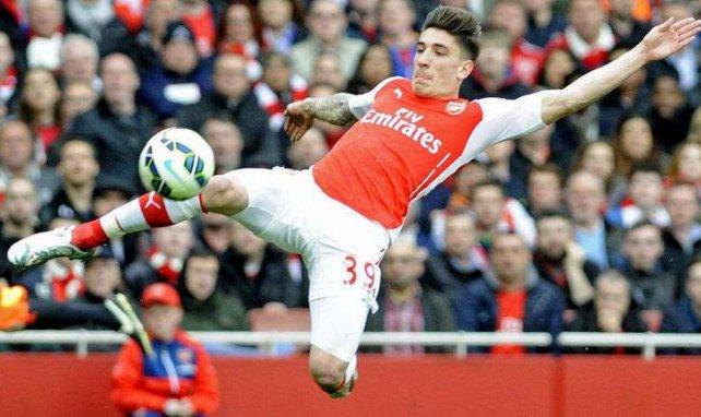 Héctor Bellerín se ha consolidado como titular en el Arsenal