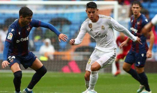 James Rodríguez juega un papel secundario en el Real Madrid