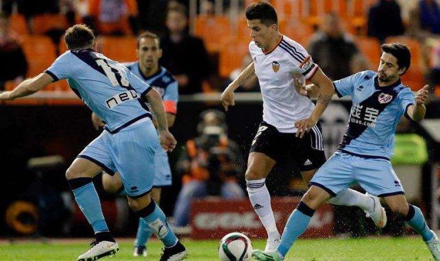 El Manchester United busca en el Valencia al relevo de Rafael