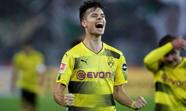 Julian Weigl interesa al PSG