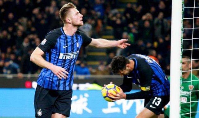 Milan Skriniar, candidato a la defensa del Manchester City