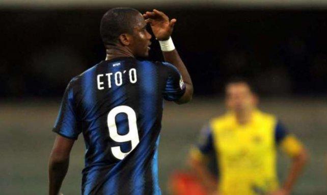 Samuel Etoo podría cambiar la Serie A por la Premier League
