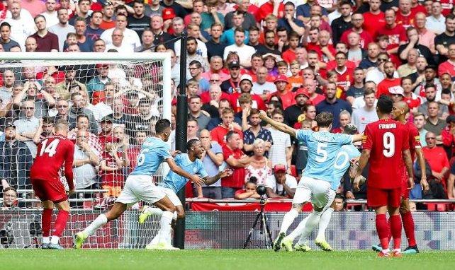 Sterling celebra su diana frente al Liverpool