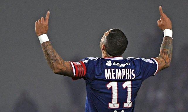 El posible relevo de Memphis Depay en el OL