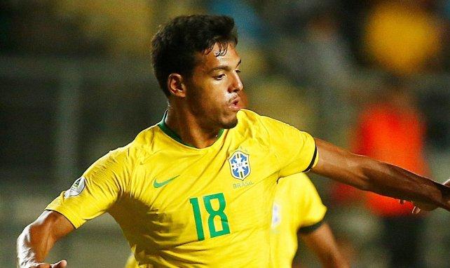 Gabriel Menino es uno de los nuevos talentos del fútbol brasileño