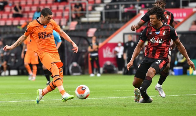 Alejan a Miguel Almirón del Atlético de Madrid