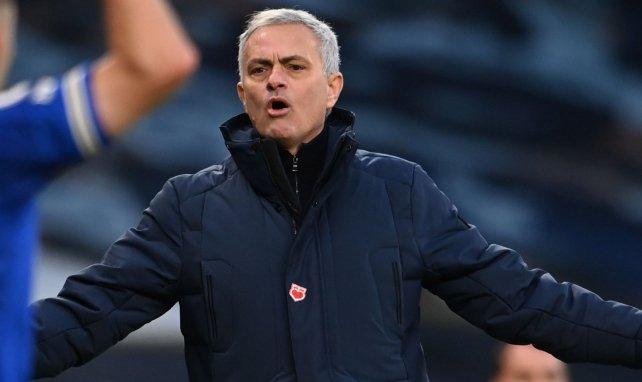 La tensa charla de 4 horas de José Mourinho con los jugadores del Tottenham antes de irse