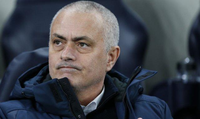 El llamativo regalo de José Mourinho a Sergio Reguilón