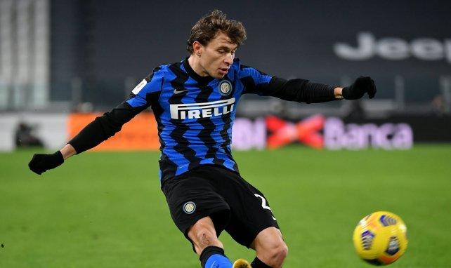 Nicolò Barella acerca posturas con el Inter de Milán