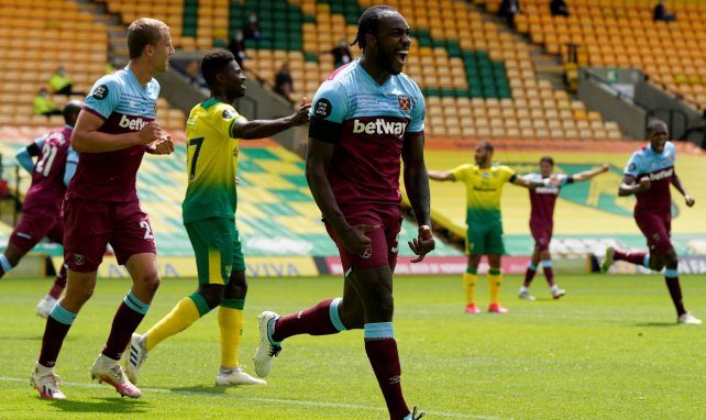 El West Ham goleó y condenó al Norwich City