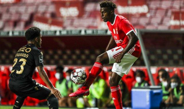El Nápoles negocia con el Benfica por Nuno Tavares