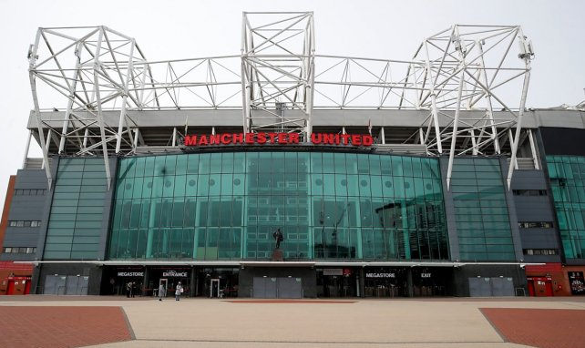 Old Trafford no podrá acoger aficionados en un tiempo