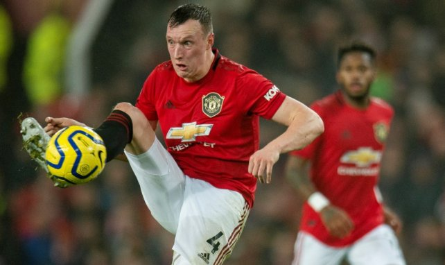 Phil Jones, objetivo del Newcastle United
