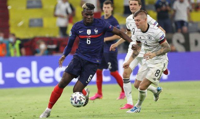 Mino Raiola trata de encajar a Paul Pogba en el PSG