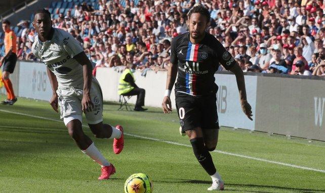 ¡Neymar espera un gesto del PSG para renovar!