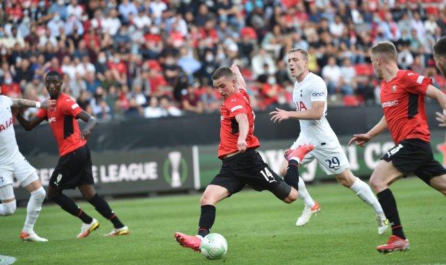 Conference League | La AS Roma supera al CSKA Sofía, empate del Tottenham ante el Rennes