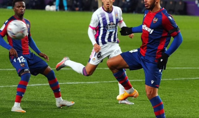 Liga   Real Valladolid y Levante se reparten los puntos