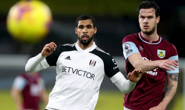 Ruben Loftus-Cheek frente al Burnley