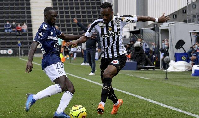 Youssouf Sabaly, en acción con el Girondins de Burdeos