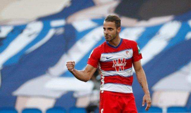 Roberto Soldado celebra un gol con el Granada