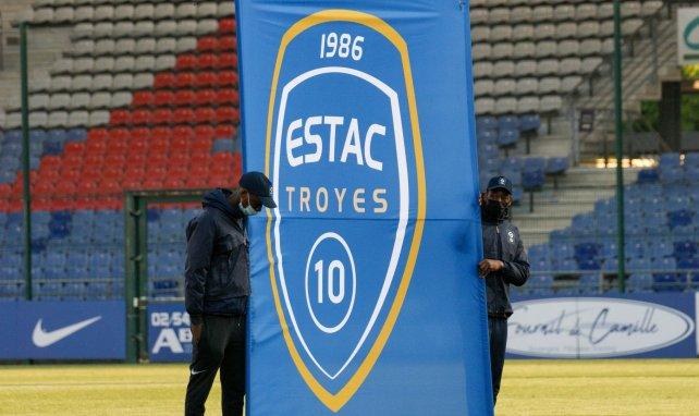 El Troyes recluta a un ex del Liverpool