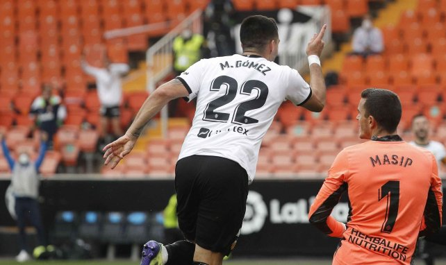 Liga | Maxi Gómez impulsa al Valencia y condena al Real Valladolid