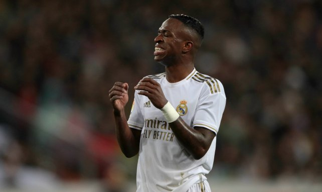 El Real Madrid repele 2 ofensivas por Vinicius Junior
