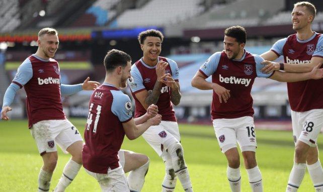 Pablo Fornals celebra un gol con sus compañeros del West Ham