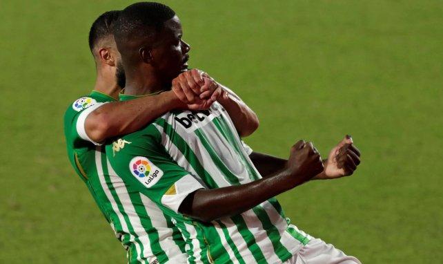 William Carvalho celebra un gol con el Real Betis