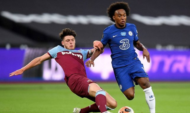Willian ultima su fichaje por el Arsenal