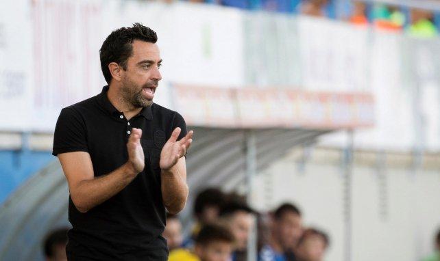 Xavi Hernández, a debate en el FC Barcelona