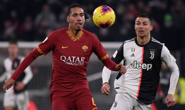 La AS Roma acuerda la continuidad de Chris Smalling