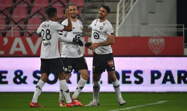 Yusuf Yazici festeja una diana con el Lille
