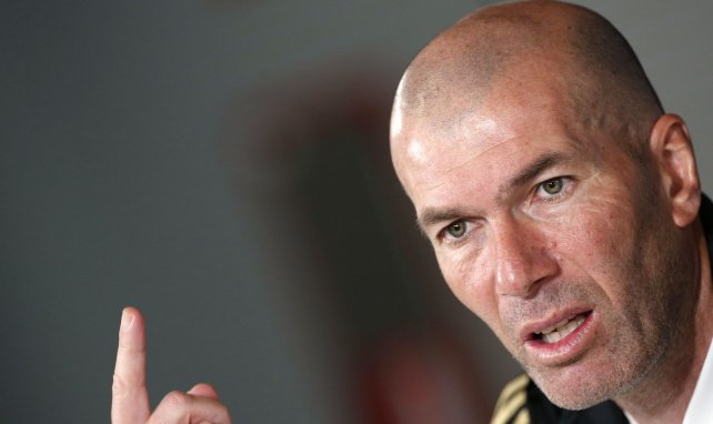Zinedine Zidane no despeja las dudas sobre su futuro en el Real Madrid